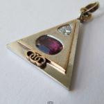 Kettenanhänger Pyramide 950 Platin 750 Gelbgold Diamant Rubin Pharao