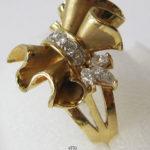 Goldring Schleife 750 Gelbgold 18K Brillanten Diamanten