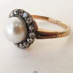 Rotgoldring 585 mit Perle und Diamantenbesatz Art Deco