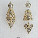 Antike lange mehrteilige Ohrringe aus Gold und Silber mit Diamanten